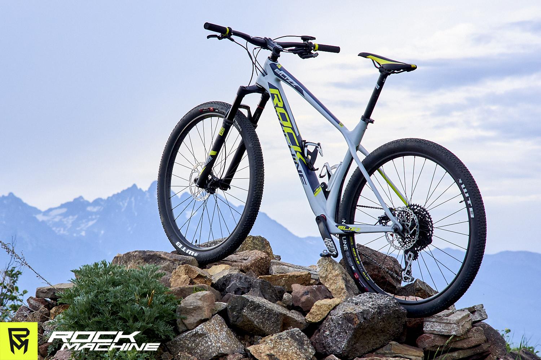 karbonovy-hardtail-rockmachine-blizz-crb-70