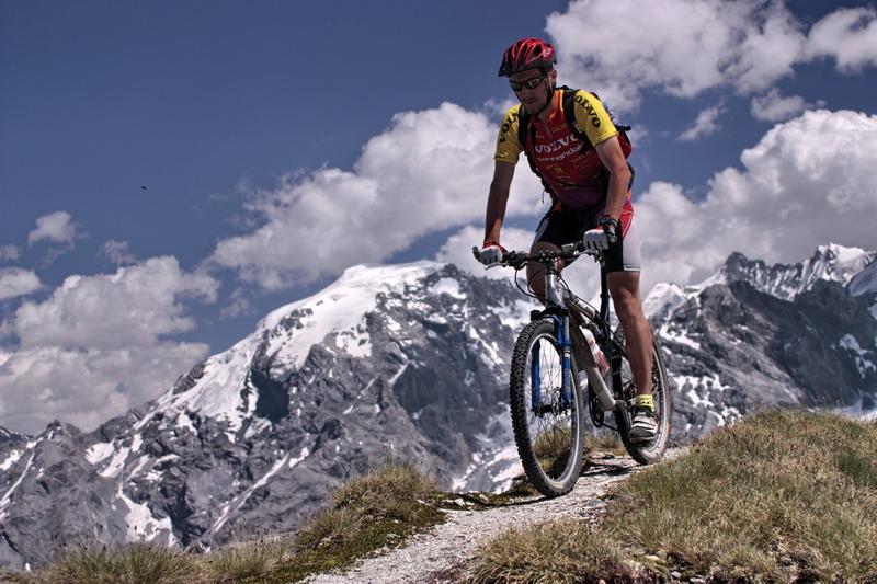 passo-stelvio-2757m-na-horskom-bicykli-