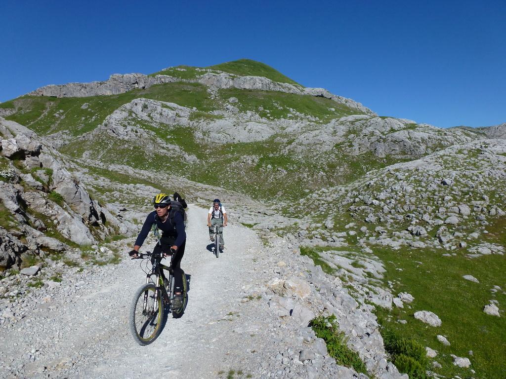 montenegro-mtb-na-hranici-s-albanskom